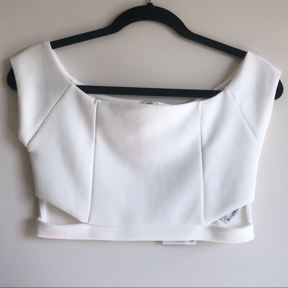1b4808cf720e9 Zara Women s Off Shoulder Crop Top White Size M